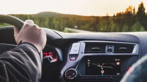 El 87% de los consumidores a escala mundial prefiere utilizar un vehículo particular para garantizar su seguridad durante los desplazamientos, un incremento frente al 57% de abril de 2020